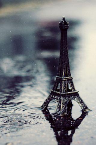 Обои на телефон эйфелева башня, природа, париж, дождь