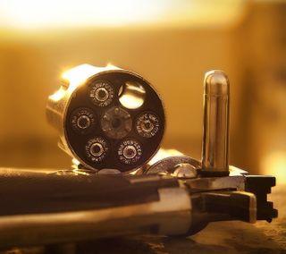 Обои на телефон оружие, revolver, bullet