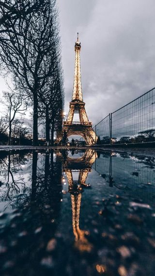 Обои на телефон франция, париж, дождь, город, башня