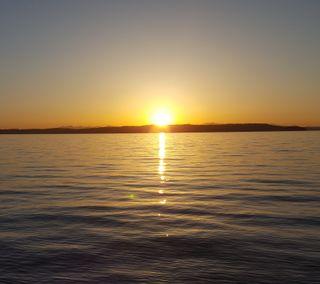 Обои на телефон сумерки, яркие, солнце, синие, пейзаж, оранжевые, океан, ночь, море, закат, желтые, день, волны, волна, вода, вечер, берег, summers eve, escape