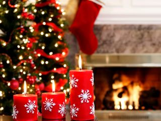 Обои на телефон счастливое, свеча, рождество, подарок, дерево