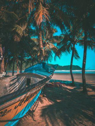 Обои на телефон paz, boat on the beach, синие, небо, пейзаж, пляж, тропические, лодки