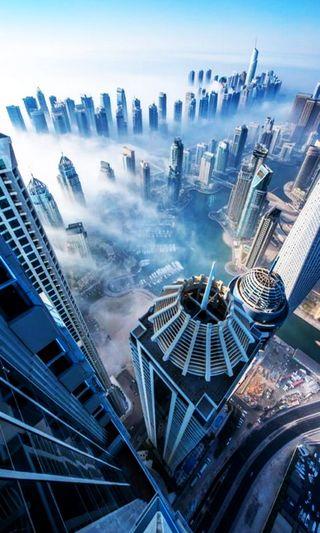 Обои на телефон облачно, оаэ, небоскребы, дубай, небо, вид, hd