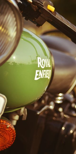 Обои на телефон танк, зеленые, royal enfield, royal, re, enfield, bullet, battlefield