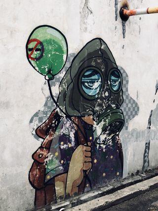 Обои на телефон шары, улица, мортал, дым, арт, zero, streetart, penangisland, maskoff, graffitti, art