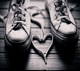 Обои на телефон обувь, черные, темные, сердце, любовь, боке, белые, love, laces