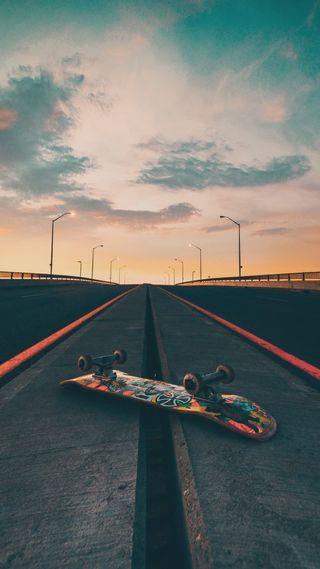 Обои на телефон скейтборд, доска, дорога, skates, skateboarding
