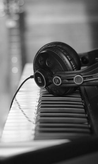 Обои на телефон наушники, черные, музыка, гитара, presonus, keys, headset, acoustic