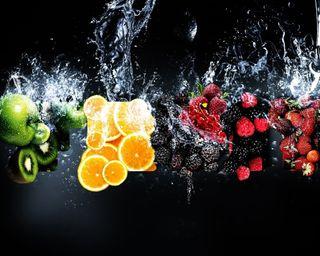 Обои на телефон фрукты, оранжевые, капли воды, вода, брызги, kiwi, berried