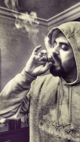 Обои на телефон сигареты, сигара, дым, адидас, adidas