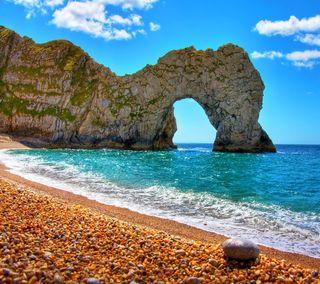 Обои на телефон рок, пляж, море, камни