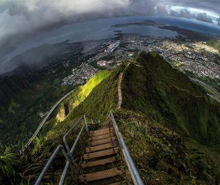 Обои на телефон небеса, природа, горы, город, stairway to heaven, stairway