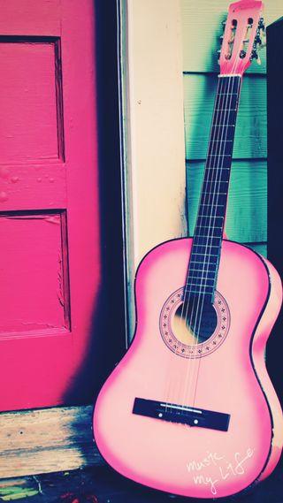 Обои на телефон гитара, розовые