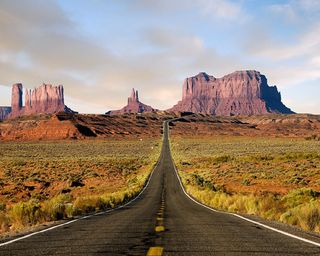 Обои на телефон пустыня, дорога, греция