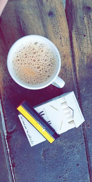 Обои на телефон чай, сигареты, habit