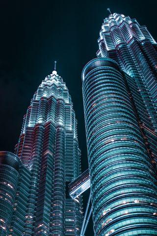 Обои на телефон архитектура, темные, огни, ночь, город, in the city