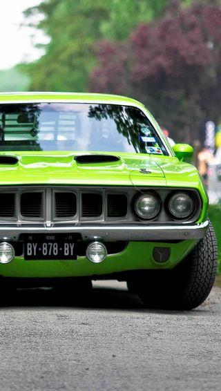 Обои на телефон улица, тюнинг, скорость, спорт, машины, классика, зеленые, дорога, vardant