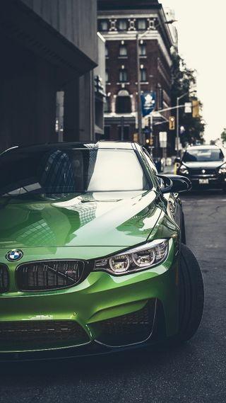 Обои на телефон улица, транспорт, машины, м4, купе, зеленые, город, бмв, f82, bmw