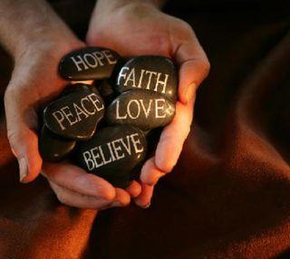Обои на телефон вера, надежда, мир, любовь, коричневые, камни, жизнь, верить, love, live, hold