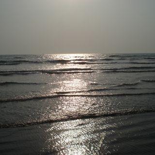 Обои на телефон вечер, солнце, природа, пляж, небо, море, закат, волны, вода