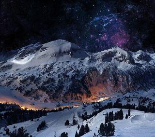 Обои на телефон сосна, снег, ночь, небо, лед, зима, звезда, деревня, горы