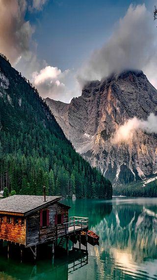 Обои на телефон италия, приятные, озеро, облака, зеленые, дом, горы, вид
