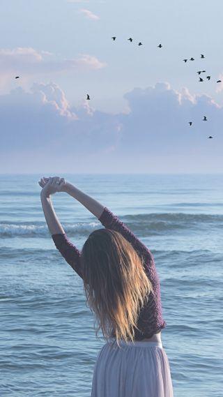 Обои на телефон настроение, птицы, пляж, море, люди, лето, девушки, girl on the beach