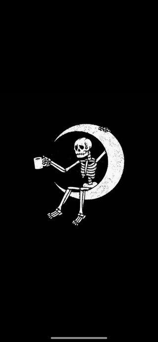Обои на телефон скелет, луна, кофе