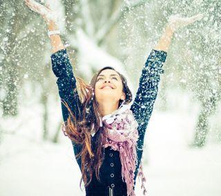 Обои на телефон счастливые, снег, прекрасные, милые, любовь, девушки, брюнетка, love, hd, happy, 4k