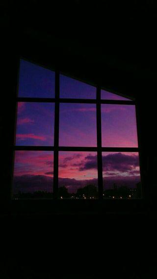 Обои на телефон эстетические, цветные, фиолетовые, розовые, простые, окно, милые, закат, вечер, tumblr, late evening