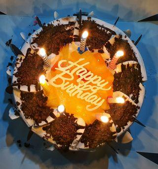 Обои на телефон торт, день рождения