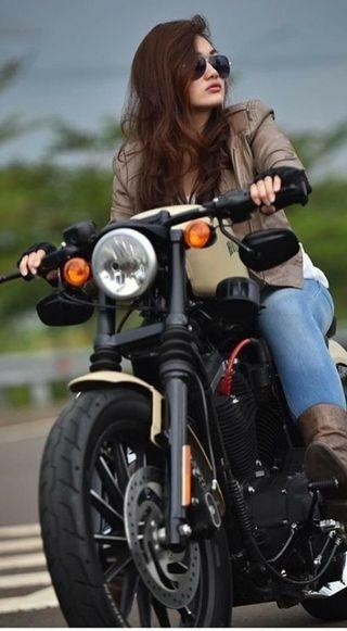Обои на телефон байкер, черные, мотоциклы, машины, кастом, девушки, гонщик, гоночные, байк