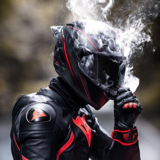Обои на телефон скорпион, байкер, biker smoker