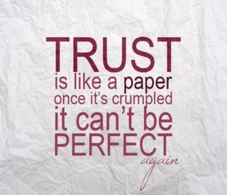 Обои на телефон доверять, цитата, высказывания, бумага, perfect
