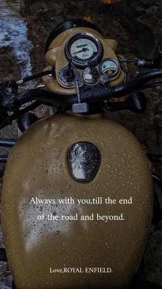 Обои на телефон мотоцикл, дождь, royal enfield, royal, efnfield