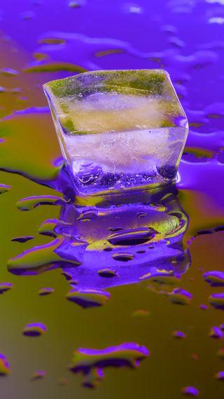 Обои на телефон куб, лед, капли, вода