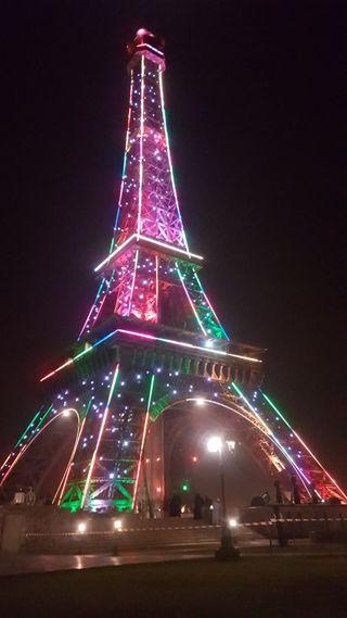 Обои на телефон эйфелева башня, огни, ночь, башня, replica, lahore