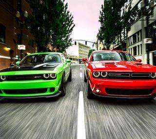 Обои на телефон скорость, машины, красые, зеленые, додж, dodge challanger srt