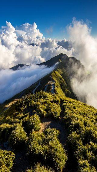 Обои на телефон путь, облака, небо, горы