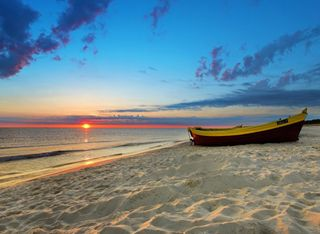 Обои на телефон лодки, природа, пляж, пейзаж