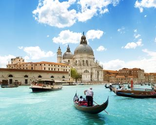 Обои на телефон река, озеро, лодки, италия, венеция, архитектура