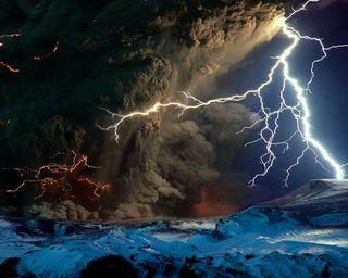 Обои на телефон шторм, темные, рок, облака, небо, молния, вулкан