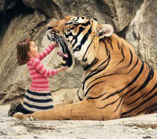 Обои на телефон тигр, рот, милые, девушки, tiger and girl
