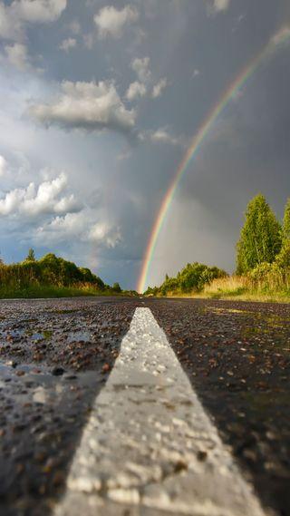 Обои на телефон лук, дорога, дождь