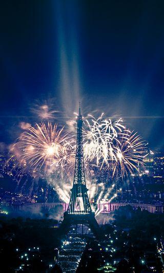 Обои на телефон фейерверк, париж, новый, год, башня, new year in paris