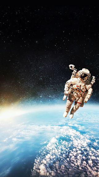 Обои на телефон космонавт, самсунг, облака, земля, звезды, галактика, samsung, s8, galaxy