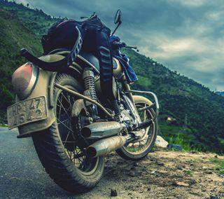 Обои на телефон tires, горы, мотоциклы, мото