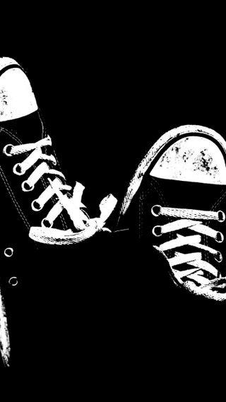 Обои на телефон обувь, черные