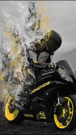 Обои на телефон шлем, байкер, черные, мотоциклы, моторы, желтые, дым, водитель, байк, vanishing point, vanishing