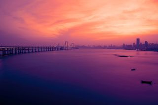 Обои на телефон hd, love, rom, любовь, море, закат, город, пляж, мост, стамбул